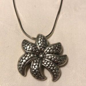 New 925 silver pendant.